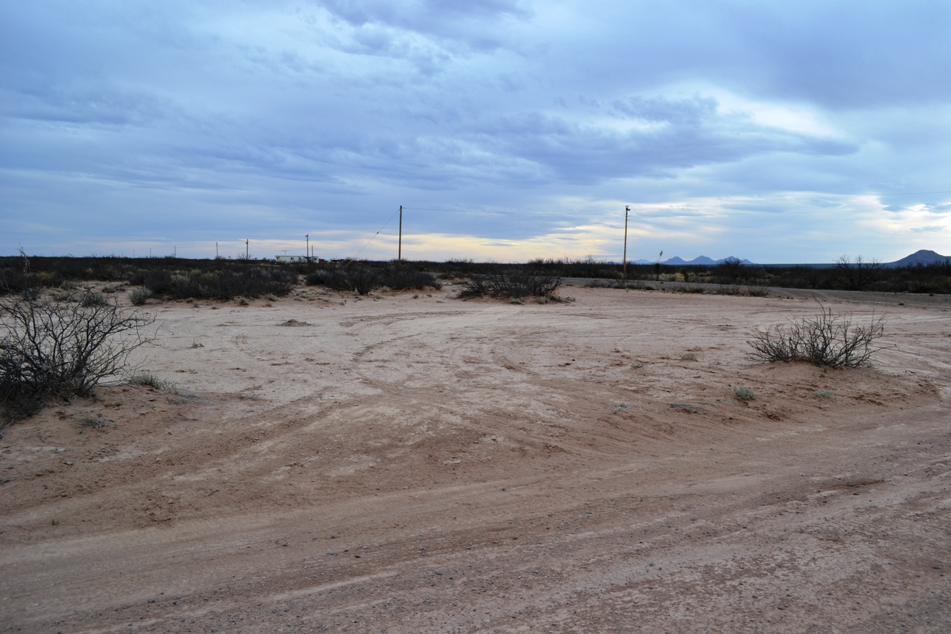 Deming NM 1 Acre Corner Lots with Power