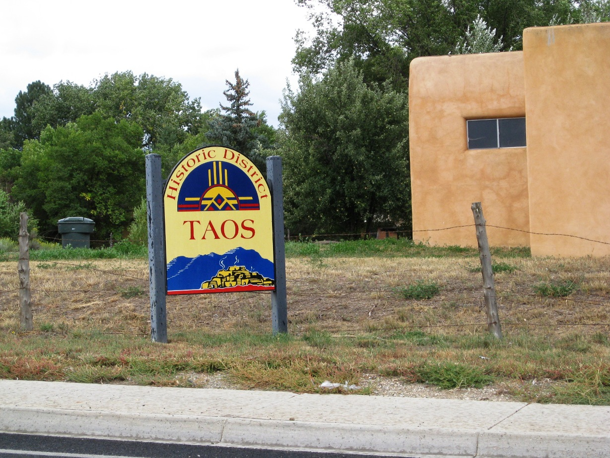 Tres Piedras 4 lots one full acre – Taos