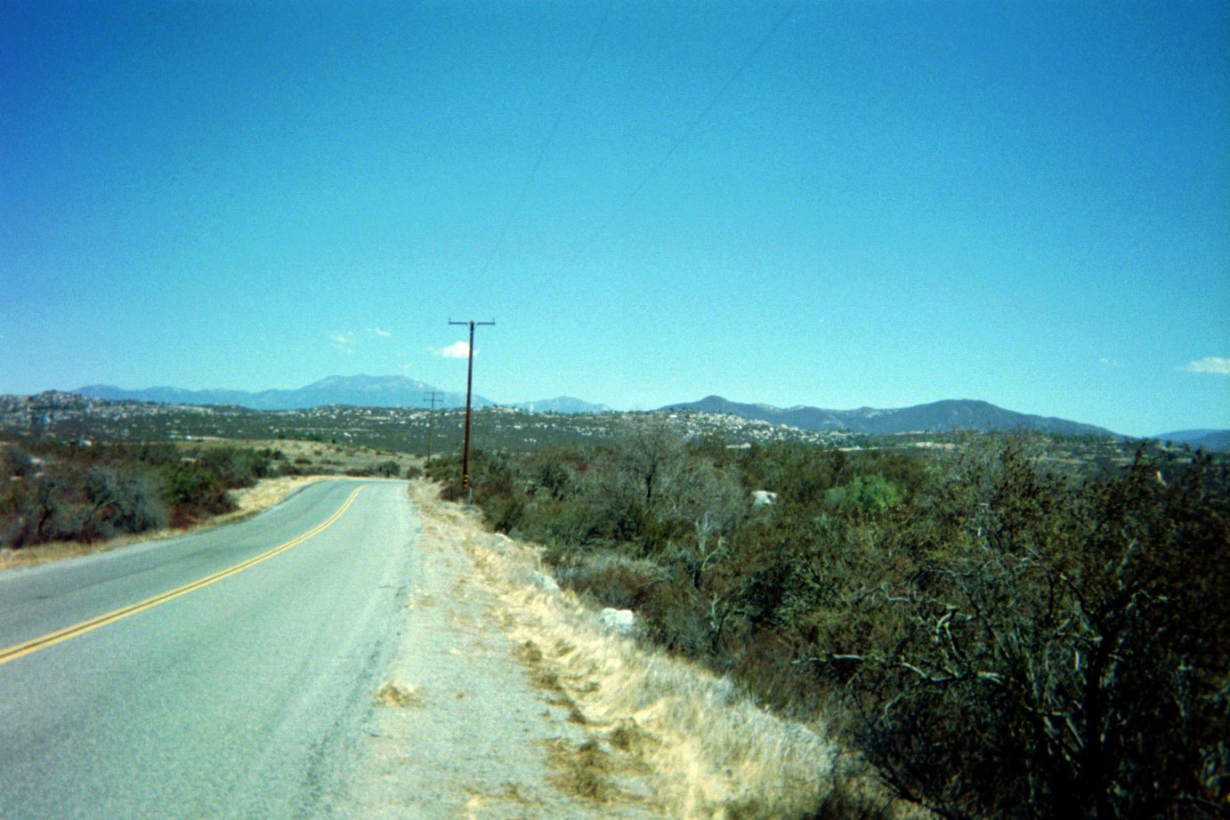Over an acre south of Hemet- Huge Views – Great Location