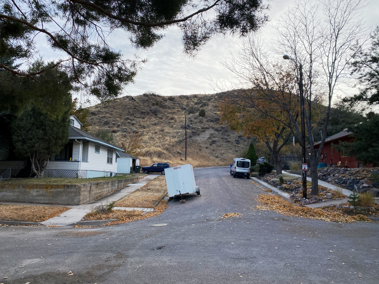 "<span style=""color: red"">*ON HOLD*</span>